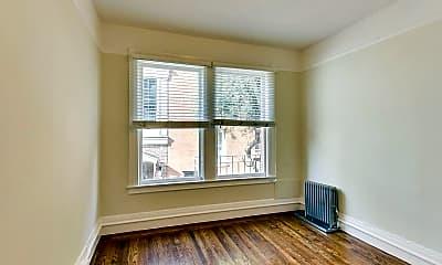 Bedroom, 655 Hyde St, 2