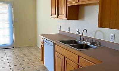 Kitchen, 3018A N Alhambra Dr, 1