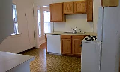 Kitchen, 316 Roosevelt Ave, 1