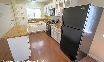 Kitchen, 3753 Veteran Ave, 1