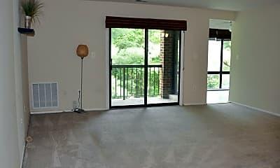 Living Room, 8131 Needwood Rd 103, 1