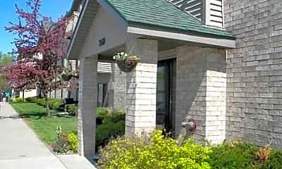 Pleasant Ridge Apartments, 0
