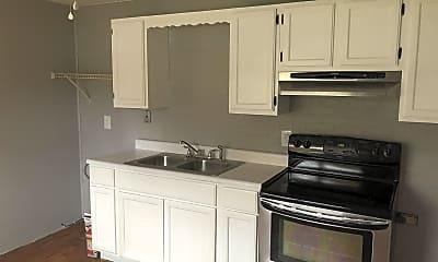 Kitchen, 93 Maple St, 2