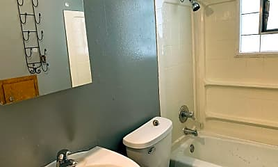 Bathroom, 6403 N 89th St, 2