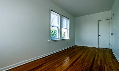 Living Room, 8256 S Loomis Blvd, 1
