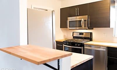 Kitchen, 1107 Arlington Ave, 1