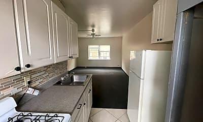 Kitchen, 1026 E Lyon St, 0