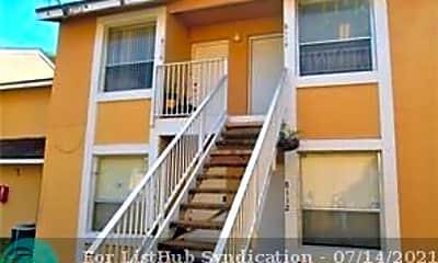 Building, 8110 SW 21st Ct 8110, 1