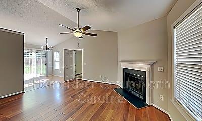 Living Room, 140 Asherton Ct, 1