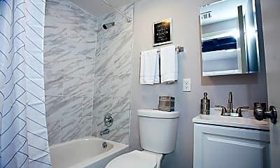Bathroom, Smartland Body Block Arcade, 2
