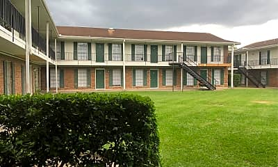 Colonial Apartments, 0