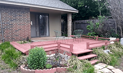 Patio / Deck, 11604 Glade Ave, 2