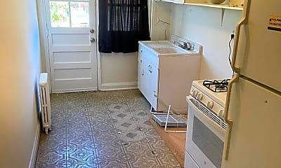 Kitchen, 2948 Cornwall Rd, 2