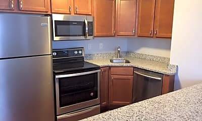 Kitchen, Maple Glen Apartments and Townhomes, 1
