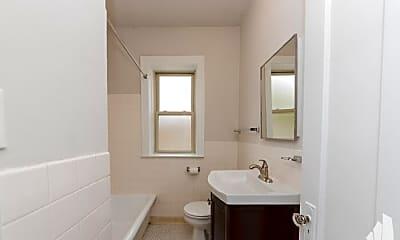 Bathroom, 7434 N Artesian Ave, 2