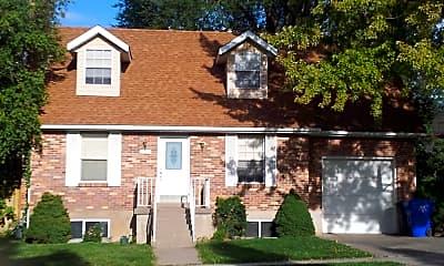 Building, 285 S 200 E, 0