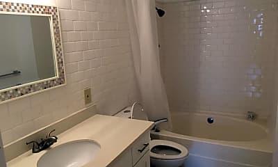 Bathroom, 8820 Highland Ave SW, 2