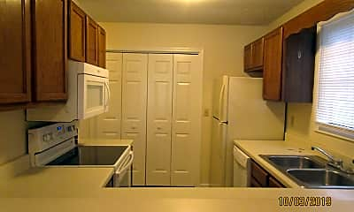 Kitchen, 645 Archdale Dr, 1