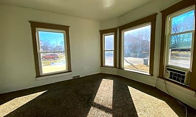 Living Room, 913 Lafayette St, 1