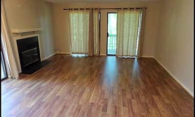Living Room, 510 Green Mountain Drive #85, 1