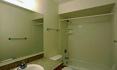 Bathroom, Camellia Park, 2