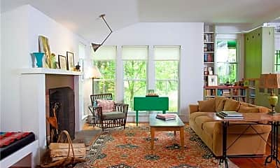 Living Room, 2 Pritchard Rd, 1