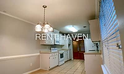 Kitchen, 512 Great Falls, 2