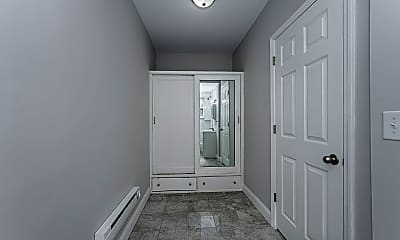 Bathroom, 825 William Howard Taft Rd 1, 2