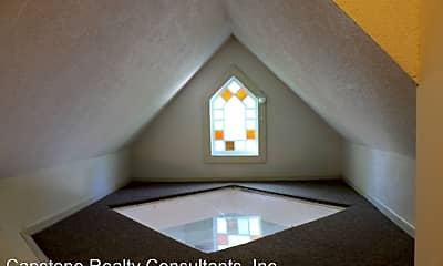 Bedroom, 236 W End Blvd, 2