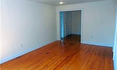 Bedroom, 14 Beach Rd 3B, 2