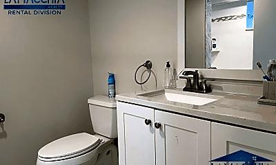 Bathroom, 36 Springfield St, 2