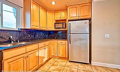 Kitchen, 702 W MacArthur Blvd, 1