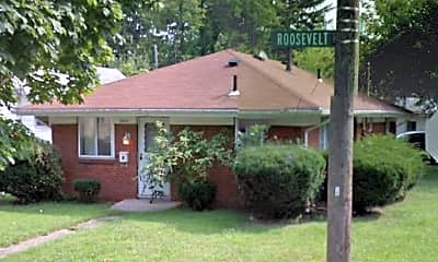 Building, 1500 Roosevelt Ave, 0