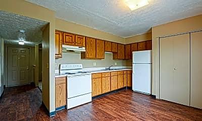 Kitchen, Mak Gregor Management in Troy, 1
