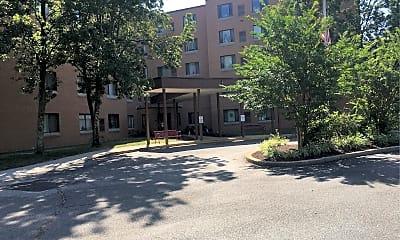 Highland Plaza, 0