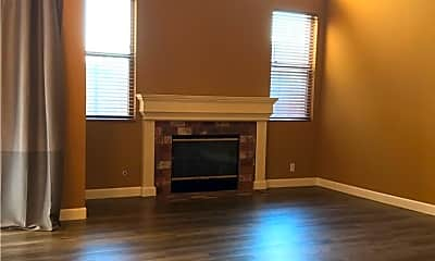 Living Room, 2091 Lakeshore Dr A, 1