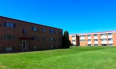Edgewater Apartments, 0