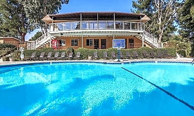 Pool, Solana Highlands, 1