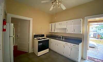 Kitchen, 522 Harwood St, 1