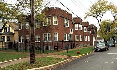 Building, 702 N Waller Avenue, 0