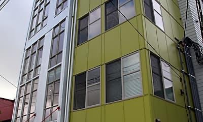 Building, 1521 NE 41st Ave, 1