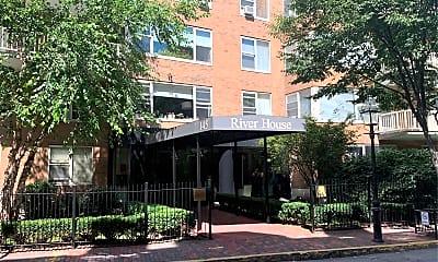 River House Condominium, 1
