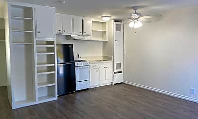 Kitchen, 33792 Robles Dr, 2