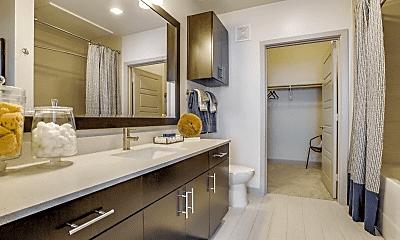 Bathroom, 2201 Boll St, 2