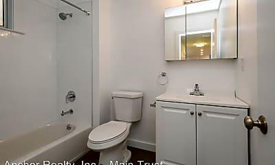 Bathroom, 550 27th St, 2