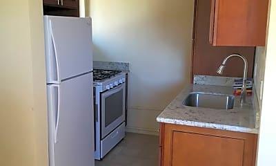Kitchen, 3144 King St, 2
