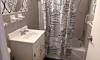 Bathroom, 10401 Grosvenor Pl, 2