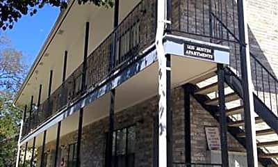 Building, 1415 N Austin St, 1