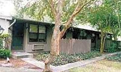 Ranchside Apartments, 1