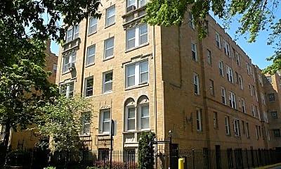 Building, 842 W Ainslie St, 2